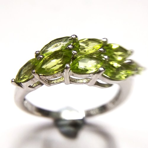 http://www.mahavirgems.in/Gemstone/Peridot/Natural-Peridot-Ring-in-Sterling-Silver